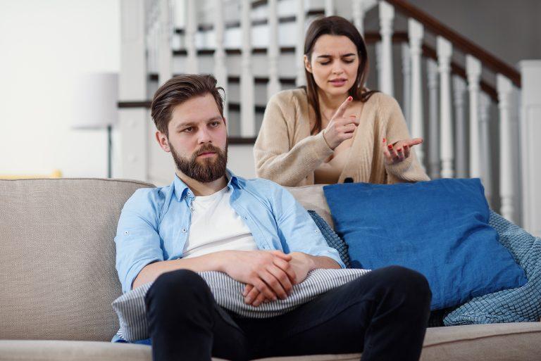 Wie gehen wir mit unserer Hochzeit um, wenn sich unsere Familien nicht verstehen?